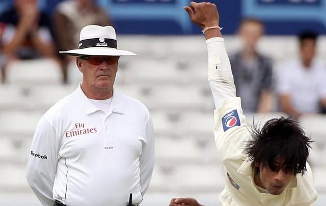 Rudi Koertzen earned his place in the ICC Umpires Ranking