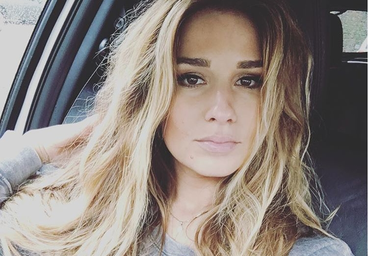 Jessie James is among top Hot NFL Wives 2017