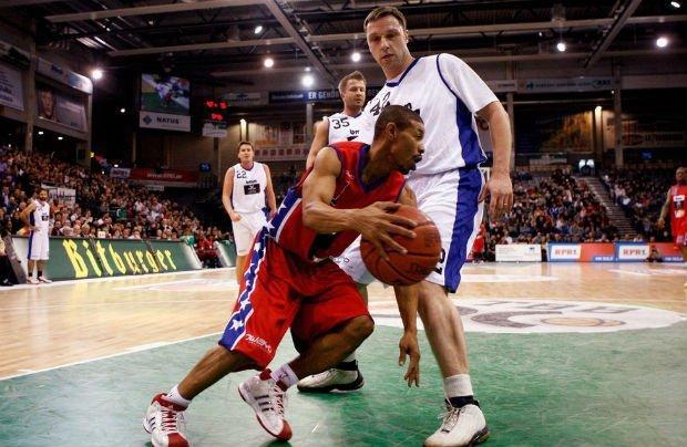 Shortest NBA Player ever