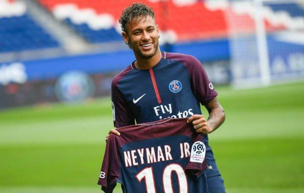 Neymar Barcelona fees