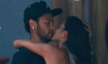 neymar-kissing-girlfriend-featured-1