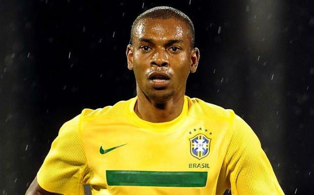 Full Brazil national team career of Fernandinho