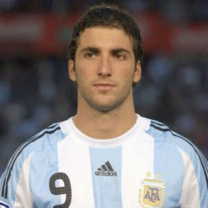 Gonzalo Higuaín Biography, Net Worth, Age, Stats, Awards and Many More