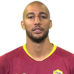 Steven Nzonzi Biography, Age, Career, Net Worth, Salary, Awards, Personal Life, Family, and Many More
